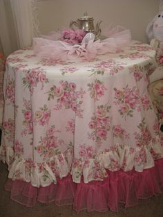 Shabby Rose tablecloth ~ I want this!