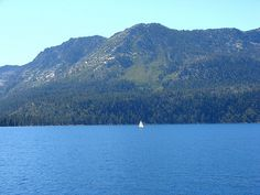 Lake Tahoe, West Shoreline, From M.S. Dixie 9-2010 / http://www.sleeptahoe.com/lake-tahoe-west-shoreline-from-m-s-dixie-9-2010/