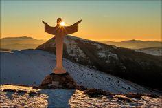 Sibillini - il Cristo delle nevi - Frontignano di Ussita | Flickr – Condivisione di foto!