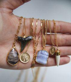 mary necklace #GoldJewelleryArmParty #HandmadeGoldJewellery