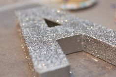 How to make a large glittery letter