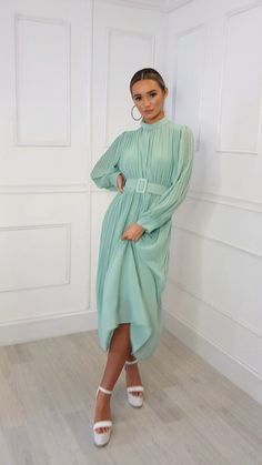 Perfect for a wedding guest outfit or event, our AINSLIE dress features maxi length, long sleeves, all over pleated… Muslim Fashion, Hijab Fashion, Fashion Dresses, Casual Day Dresses, Simple Dresses, Hijab Dress, Dress Outfits, Classy Outfits For Women, Clothes For Women