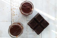 Una golosità per la colazione o merenda Crema cioccolato con tahin senza zucchero ricetta vegan veloce, ottima con le proprietà del sesamo