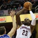 LeBron James to play against Pacers despite quad injury (Yahoo Sports)
