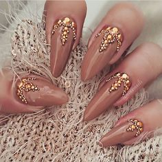 ✨ @ninasnails  Toronto , Canada  _____________________________________________  #nails #nail #fashion  #notpolish  #beauty #beautiful  #pretty #girl #girls #stylish #sparkles #styles #gliter #nailart #art #opi  #essie #unhas #preto #branco #rosa #love #shiny #polish #nailpolish #nailswag #anastasiabeverlyhills #vegas_nay #wakeupandmakeup #hudabeauty