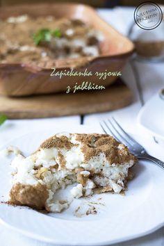 Klasyczne danie z ryżu czyli ryż zapiekany z jabłkami i cynamonem na słodko. Idealna propozycja zarówno na obiad jaki i na deser.