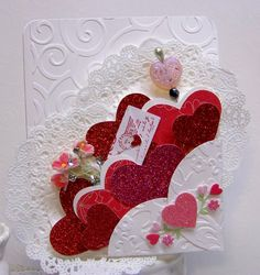 Over 50 of The Best Heart Crafts for Valentine& Day - Just gorgeous hearts to make and inspire. Even recipes! Valentine Love Cards, Valentine Day Crafts, Vintage Valentines, Happy Valentines Day, Valentine Ideas, Karten Diy, Heart Crafts, Kid Crafts, Creative Cards