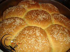 Ψωμάκια...Χωριάτικα!!! Cookbook Recipes, Cooking Recipes, Breads, Cross Stitch, Table, Food, Bread Rolls, Punto De Cruz, Chef Recipes