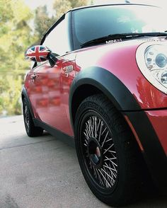 Mmmmm a British MINI with Borrani Wire Wheels.  The colors on this car POP!