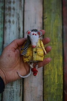 Mouse Crafts, Cute Toys, Diy Box, Handmade Design, Stop Motion, Crochet Toys, Puppets, Projects To Try, Paper Crafts