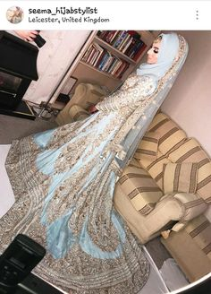 Discover recipes, home ideas, style inspiration and other ideas to try. Bridal Hijab Styles, Bridal Mehndi Dresses, Muslim Wedding Dresses, Disney Wedding Dresses, Indian Wedding Outfits, Muslim Brides, Hijab Dress Party, Hijab Style Dress, Hijab Chic