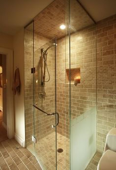 Buenas Ideas Para Banos Pequenos also 66357794481830659 moreover 7d7b5f0db2db7e87 likewise Chevron Patterns further Walk In Shower. on 5 x 7 bathroom designs