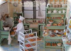 Miniature Bakery (with baker) by Tiny Ter Miniatures: Obrador Miniature Rooms, Miniature Kitchen, Miniature Houses, Miniature Furniture, Dollhouse Furniture, Dolls House Shop, Doll House Crafts, Dollhouse Accessories, Barbie Furniture