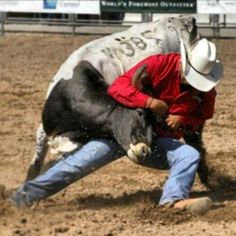 Andrew Mills - White Swan - Cowboy - Native - Washington - Steer Wrestler - Bulldogger - Steer Wrestling - Rodeo