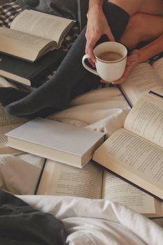 the-book-ferret:  Good Morning, Beautiful Books…