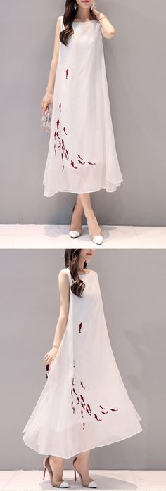 US$34.58 Vintage Women Fish Embroidered Sleeveless Long Maxi Dresses