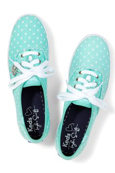 Keds Taylor Swift's Champion Paw Dot Shoes http://www.keds.com/en/women-ourshops-taylorswiftforkedscollection/