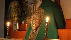 La pequeña iglesia Neozelandesa que nunca está vacía La pequeña iglesia católica de Santa María del Monte, cerca del pueblo de Titirangi, cumple 20 años de adoración ininterrumpida del Santísimo Sacramento.