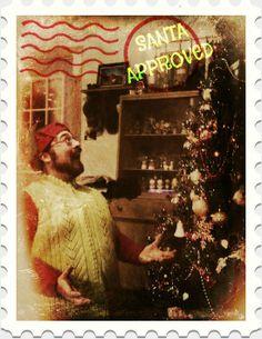 hubby playing elf!
