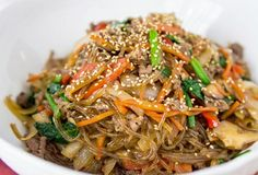 Japchae, a Korean stir-fry. This looks great! It calls for clear sweet-potato noodles, which I bet my local Asian market will carry. Otherwise I can just use glass noodles. Asian Recipes, New Recipes, Cooking Recipes, Easy Korean Recipes, Cooking Ideas, Korean Dishes, Korean Food, Korean Beef, Bulgogi