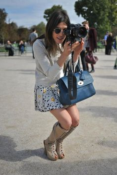 Love the handbag, adore the skirt // Mulberry Sees You. #DelRey #LondonFashionWeek