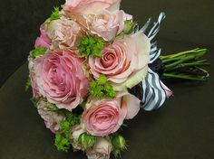 bride wedding bouquet.jpg