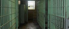 InfoNavWeb                       Informação, Notícias,Videos, Diversão, Games e Tecnologia.  : Presos fogem de cadeia portando revólveres e pisto...