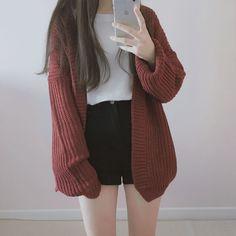 Looks coreanos – Shorts 1 – Wattpad coreanos Looks coreanos – Shorts 1 – Outfits Teen Fashion Outfits, Mode Outfits, Korean Outfits, Cute Fashion, Girl Outfits, Fashion Games, Spring Fashion, Winter Fashion, Korean Fashion Trends