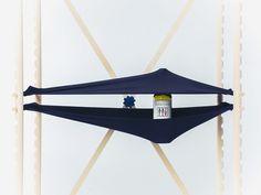 Shelfie étagère flexible par Nikolo Kerimov