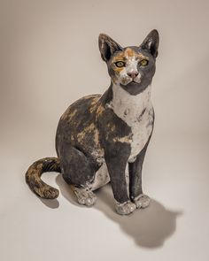Award winning artist Nick Mackman explains how she models a pet cat sculpture commission for a client from the United States.