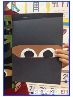 We started with the fun book Nighttime Ninja. It was a great book that had very little words Kindness Activities, Writing Activities, Preschool Activities, Summer Activities For Kids, Lessons For Kids, Art Lessons, Ninja Art, Magic Treehouse, Kindergarten Literacy