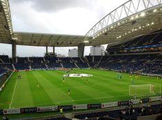 Burası FC Porto spor klübünün stadyumu. Erasmus öğrencisi olmanızın avantajını kullanarak sadece 7,5 Euro'ya gidebilirsiniz maçlara.
