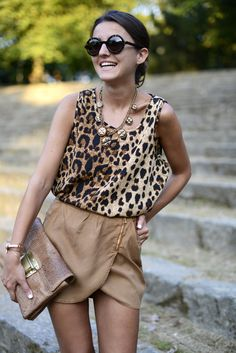 leopard top & brown skirt http://www.studentrate.com/fashion/fashion.aspx