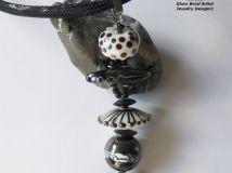 Handmade Lampwork Beads & Glass Jewelry, Muranoglasschmuck, handgefertigte Glasperlen, Schmuck aus Glas Kette Kontraste