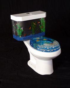 Fantastic Aquarium Design on Toilet Tank