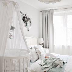 Bedroom Decor For Teen Girls, Baby Bedroom, Nursery Room, Kids Bedroom, Girl Cribs, Baby Cribs, Cot Canopy, Round Cribs, Baby Nursery Themes