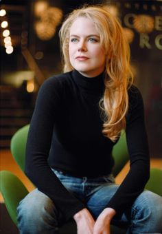 Nicole Kidman (Born in Hawaii to Australian parents and raised in Australia)