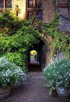 Portal, Oxford, England