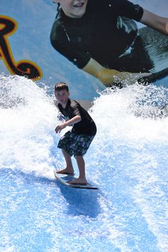 Watch out, here comes the FlowRider! Camelbeach Flow Tour 2013 #Camelbeach #FlowTour #FlowRider