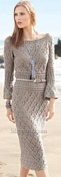 Ажурное платье с сочетанием узоров