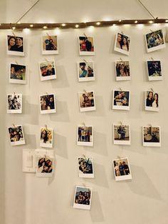diy Polaroid wall branch - New Deko Sites Diy Wall Decor For Bedroom, Photo Wall Decor, Cute Room Decor, Bedroom Ideas, Diy Wand, Polaroid Wall, Polaroid Display, Polaroids On Wall, Polaroid Pictures Display
