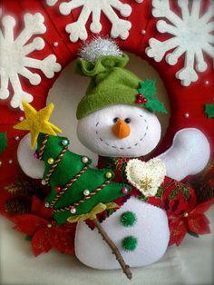 Snowman Christmas Decorations, Christmas Ornament Crafts, Xmas Crafts, Felt Christmas, Felt Ornaments, Christmas Snowman, Vintage Christmas, Christmas Time, Christmas Stockings
