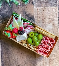 Info & Pricing - The Board Loon Charcuterie Gifts, Charcuterie Recipes, Charcuterie Platter, Charcuterie And Cheese Board, Antipasto Platter, Party Food Platters, Cheese Platters, Graze Box, Graze Snack Box