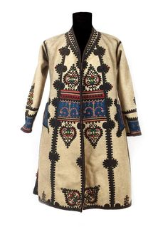 Folk Costume, Costumes, Embroidery Patterns, Designer Dresses, Cover Up, Cute Outfits, Textiles, Traditional, Inspiration