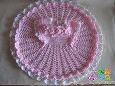 construction de tricot robe petite fille
