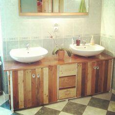 meuble de salle de bains palettes caisses de vin et bois de rcup - Fabriquer Meuble Salle De Bain En Palette
