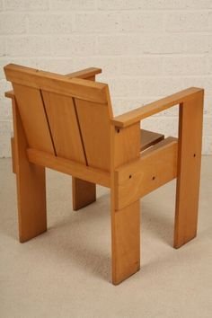 Crate chair - Rietveld -  by Cassina