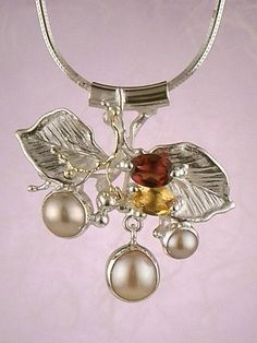 Pendant 2759, fine craft, Gregory Pyra Piro handmade pendant, in solid gold and sterling silver, citrine, garnet, pearls