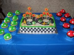 Cake and cupcakes at a Super Mario Party #supermario #party