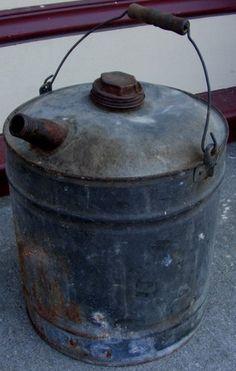 Old Galvanized Metal Vintage Oil Gasoline Gas Can W Wooden Handle Spout Cap Ebay Gas Cans Vintage Gas Pumps Wooden Handles